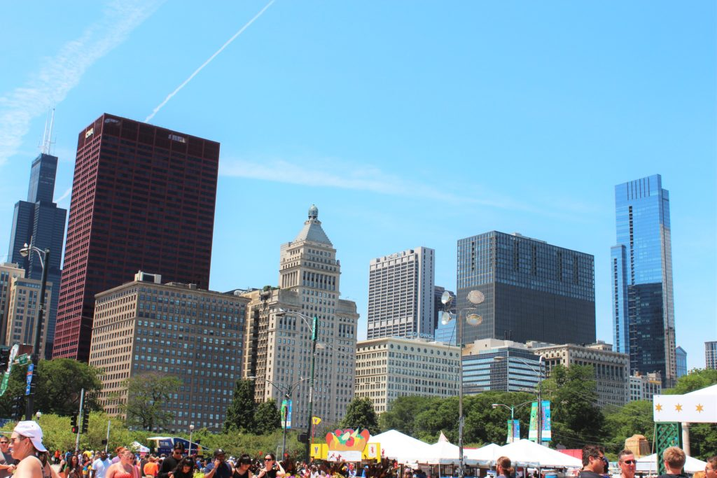 Beautiful Chicago skyscrapers at the Taste of Chicago